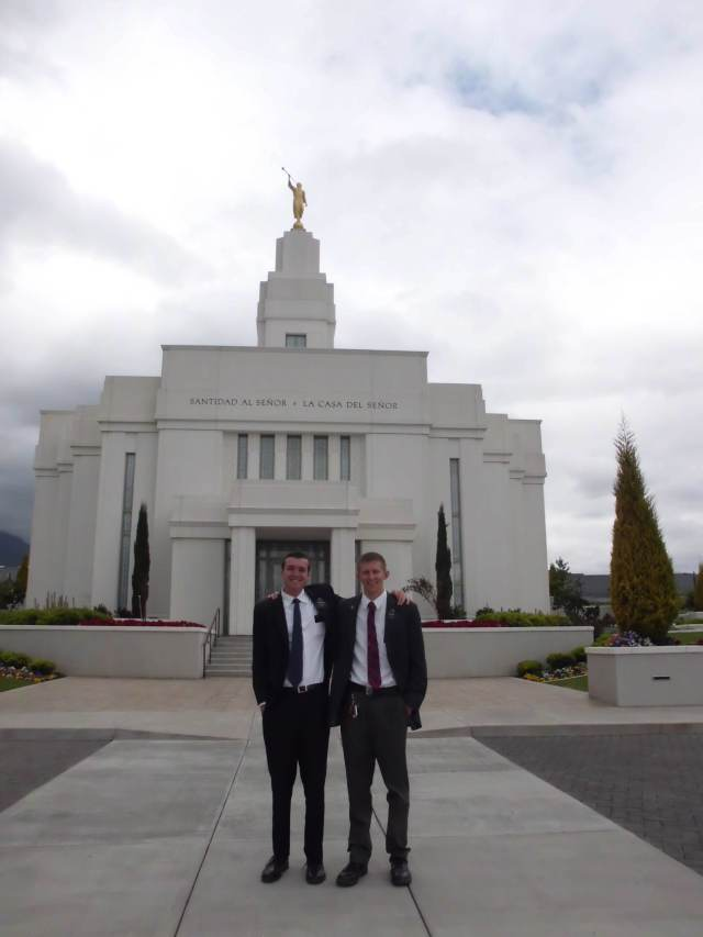 We went to the temple this week! It was amazing! What a beautiful temple... easily one of the most beautiful I have ever seen. The inside is much better than the outside.