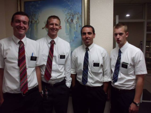 Here I am with Elder Hendrickson, Obourn, and McGrath. Easily some of my best buddies in the mission. Obourn and Hendrickson are zoneleaders in a place called Totonicapán. They brought matching ties to the last Zone Leader Meeting, as well as McGrath and I. It was ultra cute. =)