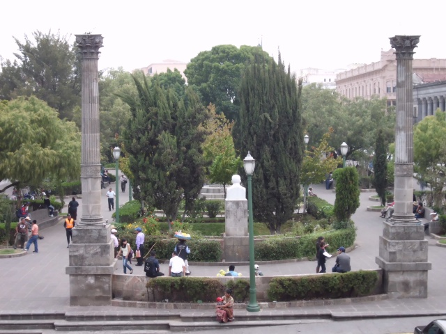 SO after choir practice we went to the museum in Xela Centro, and i took this picture of central park.